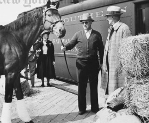 Trainer Tom Smith with Seabiscuit. Hay's ready to go.